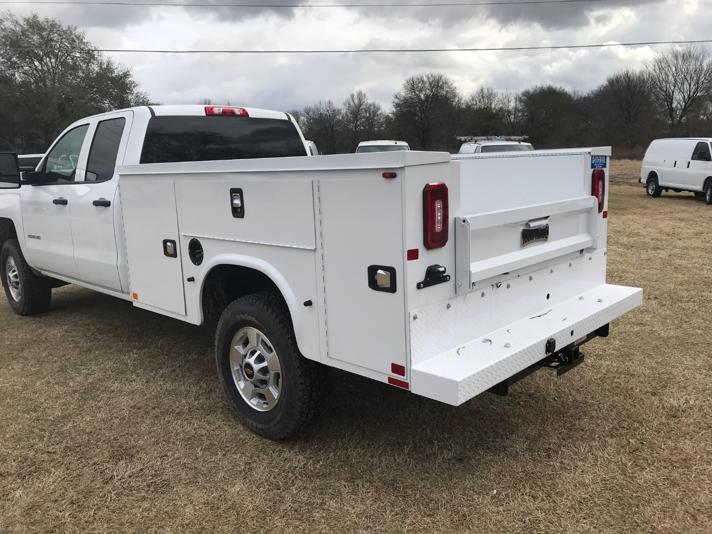 2019 Silverado 2500 Double Cab 4x4,  Knapheide Service Body #130634F - photo 2