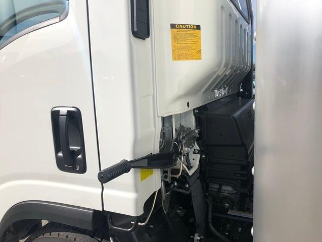 2018 LCF 4500 Regular Cab 4x2,  Supreme Signature Van Dry Freight #808200 - photo 19