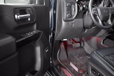 2021 Chevrolet Silverado 1500 Crew Cab 4x4, Pickup #151093 - photo 7