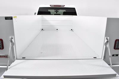 2021 Chevrolet Silverado 2500 Crew Cab 4x4, Reading SL Service Body #251040 - photo 18