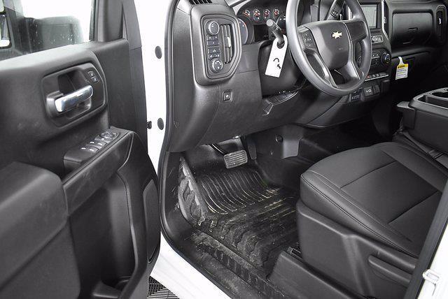 2021 Chevrolet Silverado 2500 Double Cab 4x4, Reading Service Body #251053 - photo 5