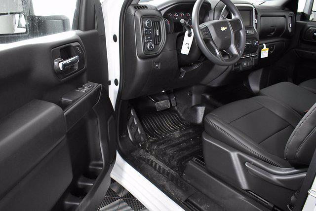 2020 Chevrolet Silverado 3500 Regular Cab DRW 4x4, Reading Service Body #350033 - photo 6