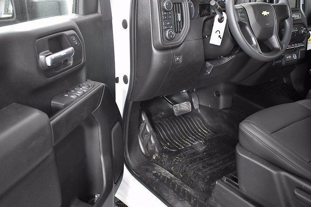 2021 Chevrolet Silverado 3500 Crew Cab 4x4, Reading Service Body #351012 - photo 6
