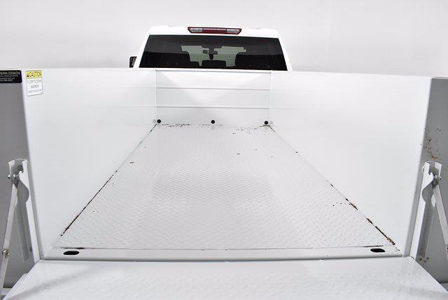 2021 Chevrolet Silverado 3500 Crew Cab 4x4, Reading Service Body #351013 - photo 17