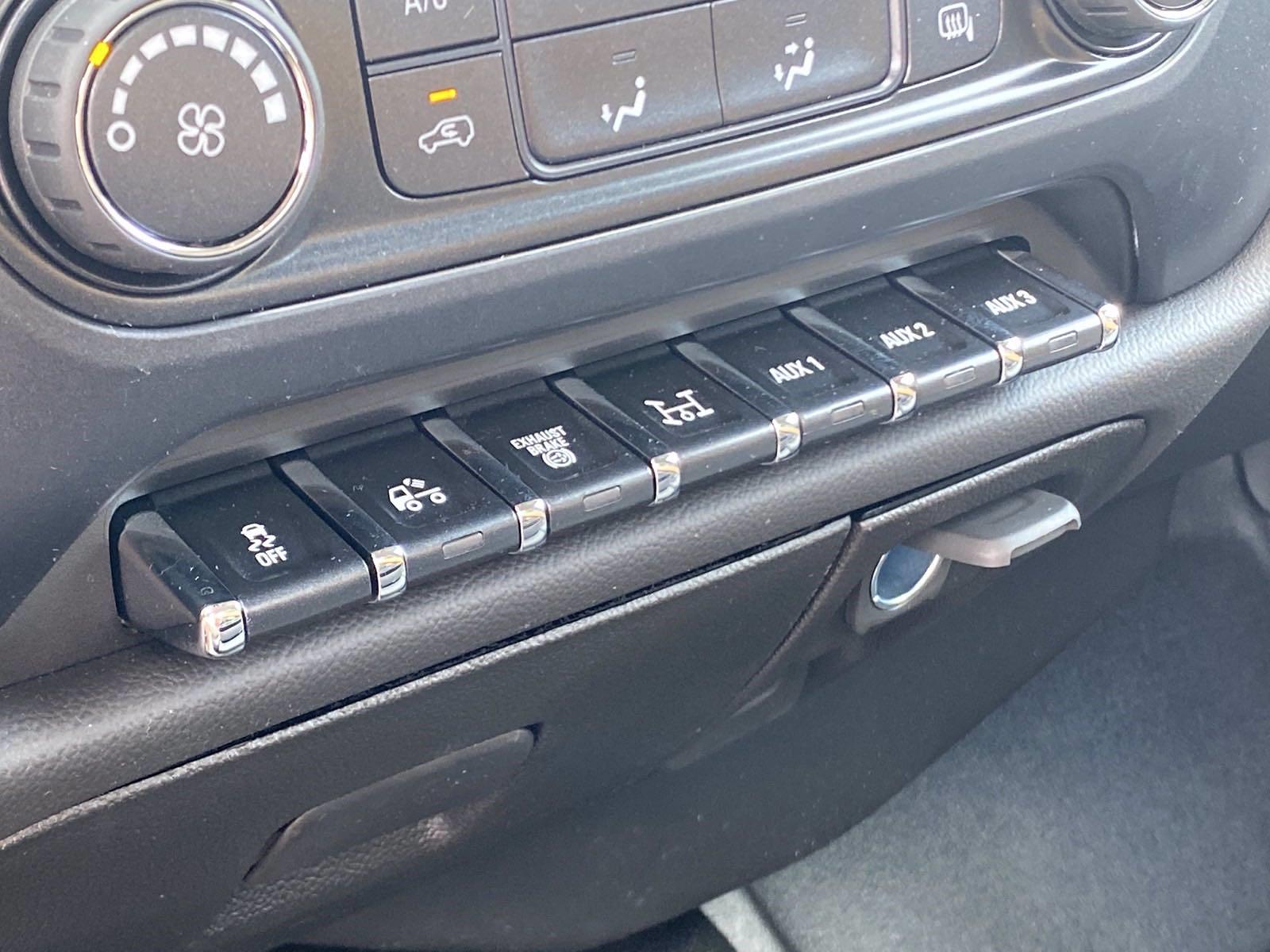 2020 Silverado 5500 Regular Cab DRW 4x2,  Platform Body #MD0029 - photo 20