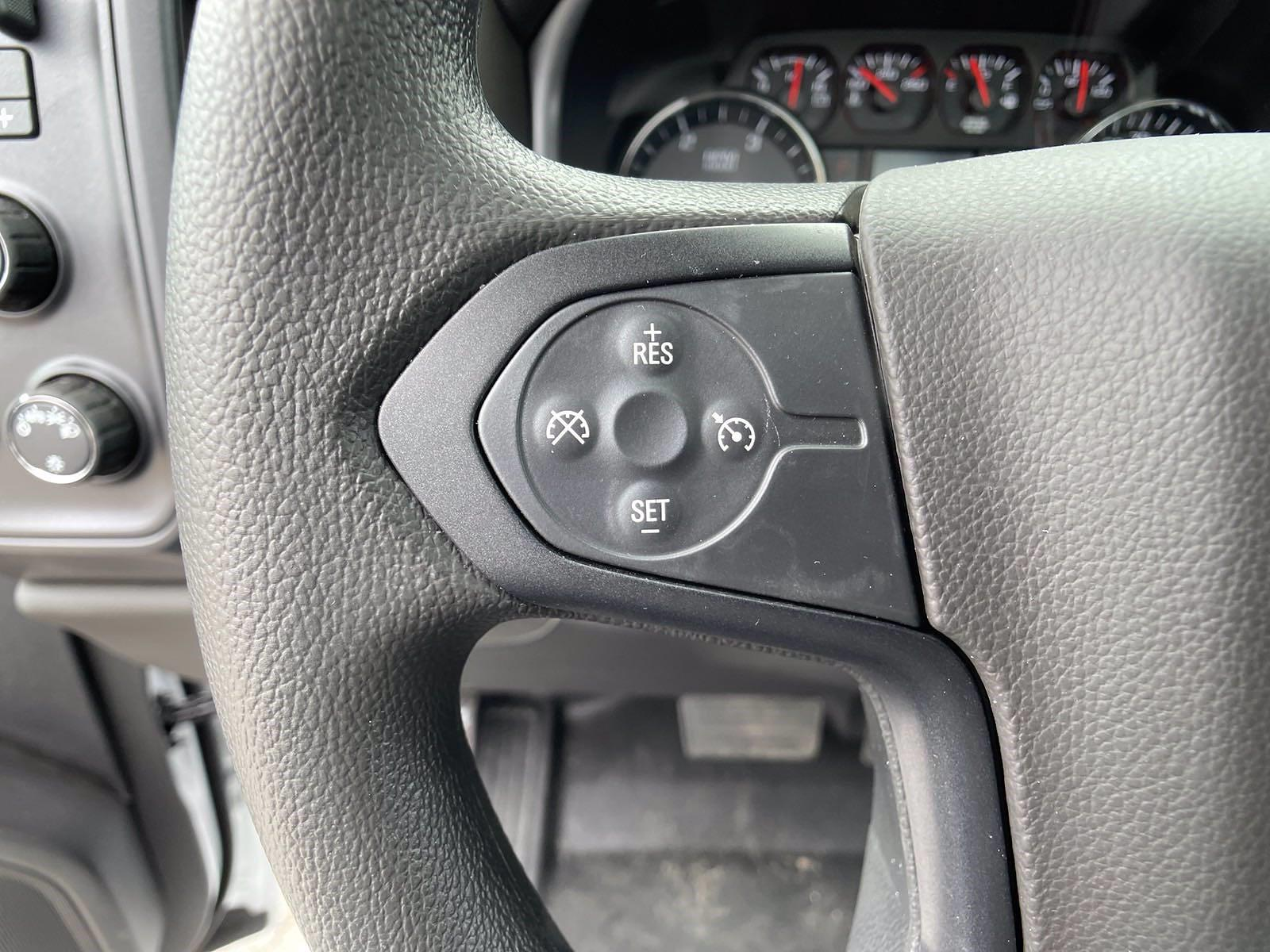 2020 Silverado 5500 Regular Cab DRW 4x4,  Reading Service Body #MD0041 - photo 11