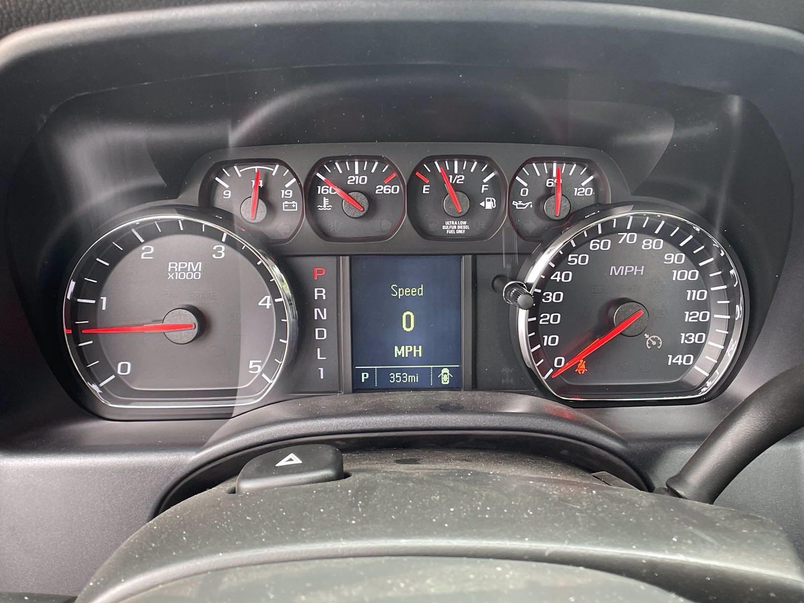 2020 Silverado 5500 Regular Cab DRW 4x4,  Reading Service Body #MD0041 - photo 12