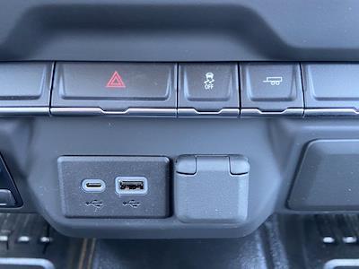 2021 Chevrolet Silverado 2500 Double Cab 4x2, Warner Select Pro Service Body #211280 - photo 32
