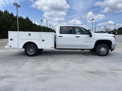 2021 Chevrolet Silverado 3500 Crew Cab 4x4, Warner Service Body #211393 - photo 3