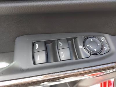 2021 Chevrolet Silverado 1500 Crew Cab 4x4, Pickup #211440 - photo 17