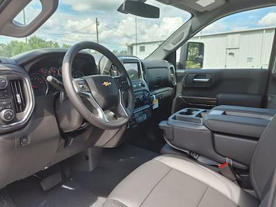 2021 Chevrolet Silverado 1500 Crew Cab 4x4, Pickup #211440 - photo 20
