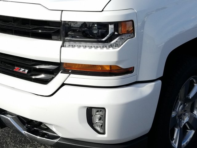 2018 Silverado 1500 Crew Cab 4x4,  Pickup #181355 - photo 9
