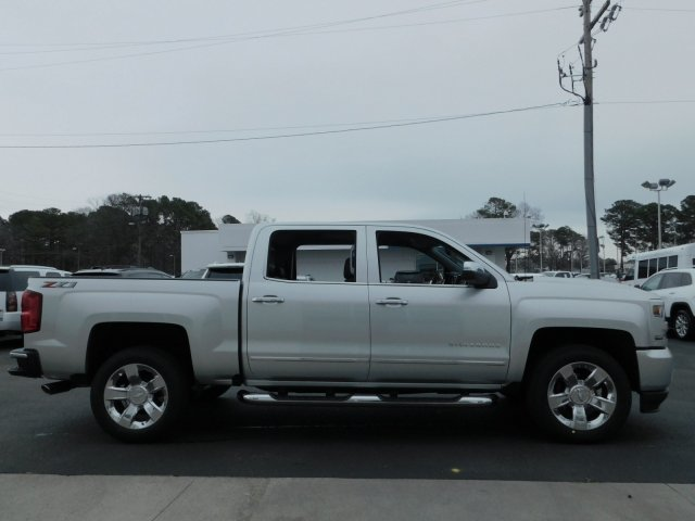 2018 Silverado 1500 Crew Cab 4x4,  Pickup #181360 - photo 3