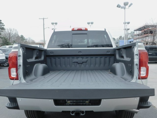 2018 Silverado 1500 Crew Cab 4x4,  Pickup #181360 - photo 32