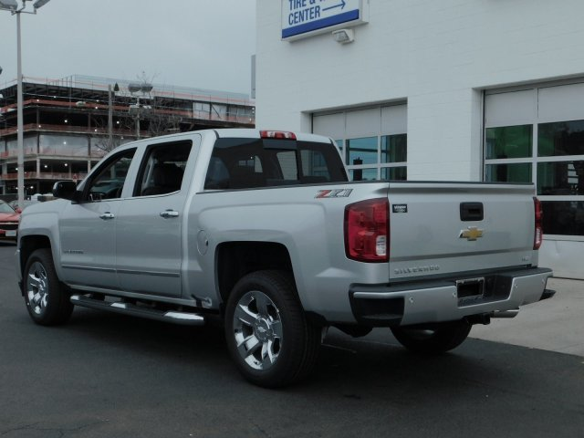 2018 Silverado 1500 Crew Cab 4x4,  Pickup #181360 - photo 5