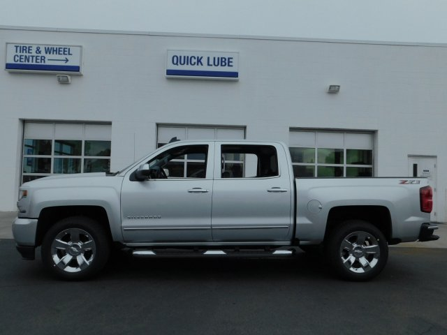 2018 Silverado 1500 Crew Cab 4x4,  Pickup #181360 - photo 6