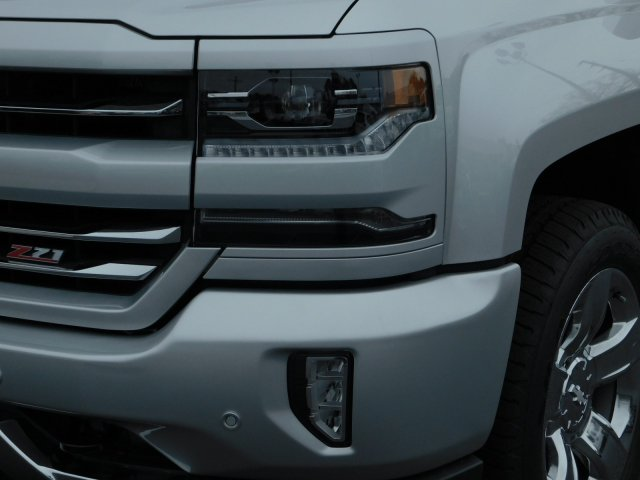 2018 Silverado 1500 Crew Cab 4x4,  Pickup #181360 - photo 9