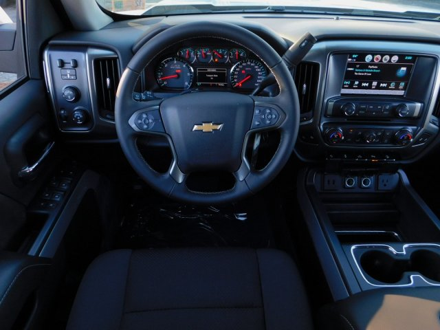 2018 Silverado 1500 Crew Cab 4x4,  Pickup #181378 - photo 32