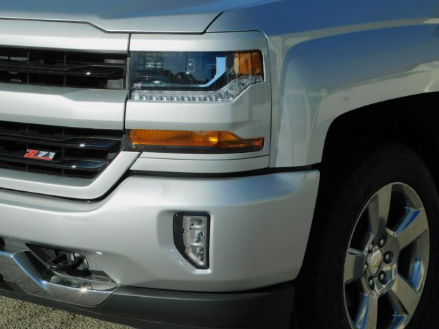 2018 Silverado 1500 Crew Cab 4x4,  Pickup #181378 - photo 9