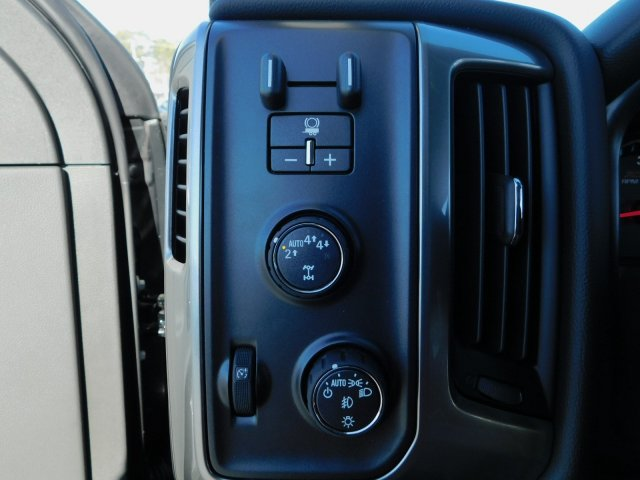2018 Silverado 1500 Crew Cab 4x4,  Pickup #181384 - photo 16