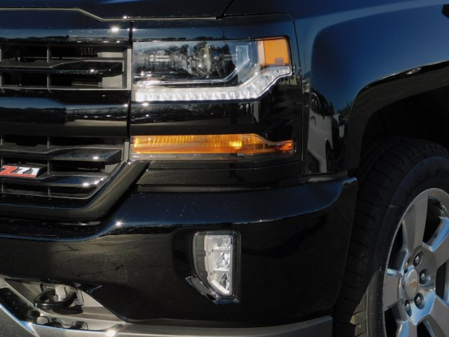 2018 Silverado 1500 Crew Cab 4x4,  Pickup #181384 - photo 9