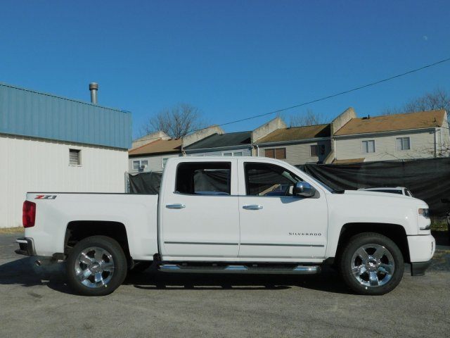 2018 Silverado 1500 Crew Cab 4x4,  Pickup #181393 - photo 3