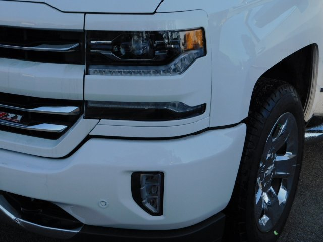 2018 Silverado 1500 Crew Cab 4x4,  Pickup #181393 - photo 9