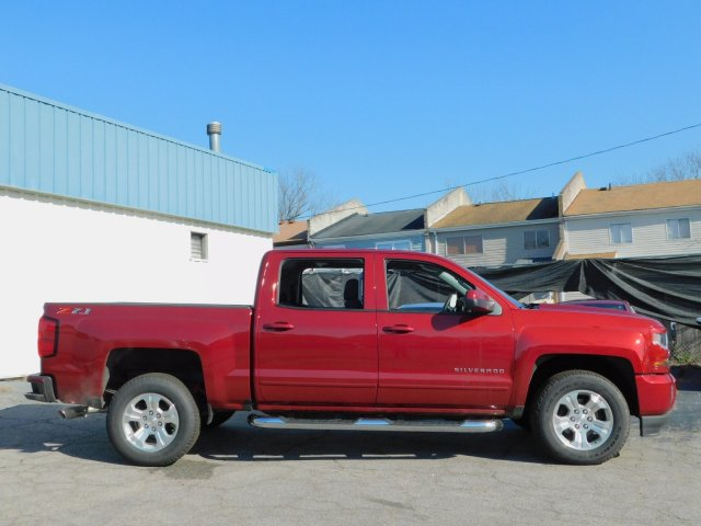 2018 Silverado 1500 Crew Cab 4x4,  Pickup #181396 - photo 3