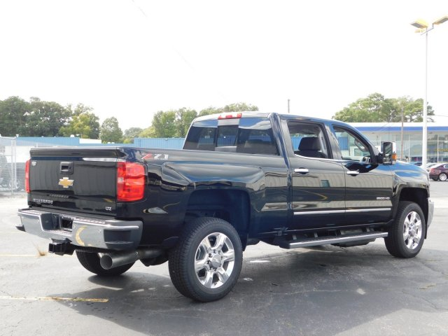 2019 Silverado 2500 Crew Cab 4x4,  Pickup #190077 - photo 2