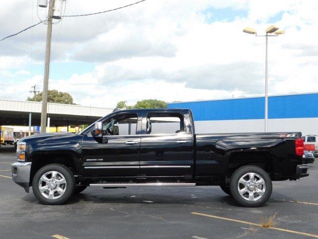 2019 Silverado 2500 Crew Cab 4x4,  Pickup #190077 - photo 6