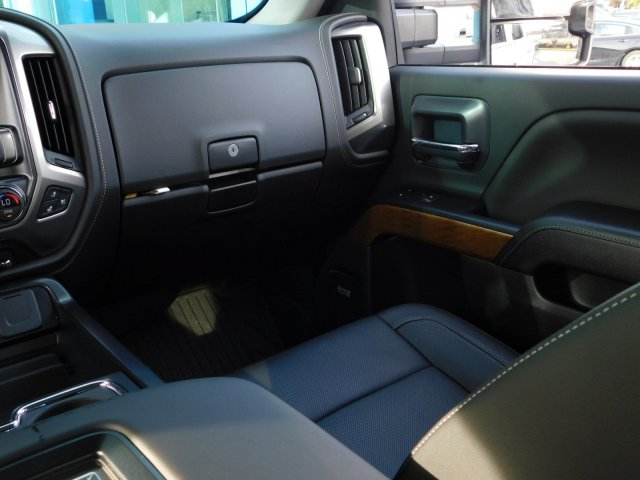 2019 Silverado 2500 Crew Cab 4x4,  Pickup #190287 - photo 37