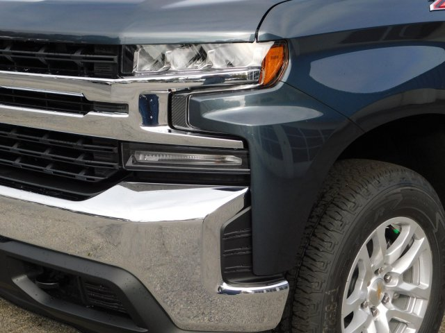 2019 Silverado 1500 Crew Cab 4x4,  Pickup #190371 - photo 9