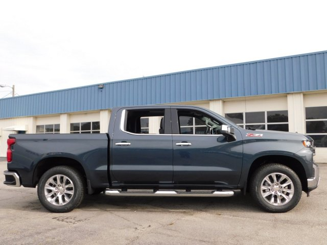 2019 Silverado 1500 Crew Cab 4x4,  Pickup #190372 - photo 3