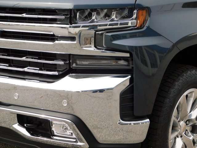 2019 Silverado 1500 Crew Cab 4x4,  Pickup #190372 - photo 9