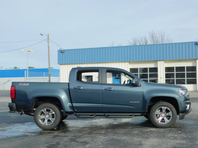 2019 Colorado Crew Cab 4x4,  Pickup #190377 - photo 3