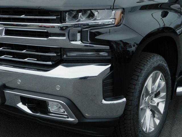 2019 Silverado 1500 Crew Cab 4x4,  Pickup #190496 - photo 9