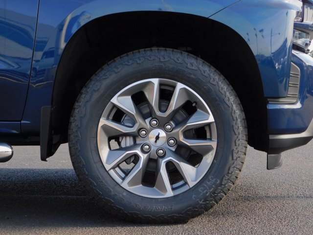 2019 Silverado 1500 Crew Cab 4x4,  Pickup #190520 - photo 10