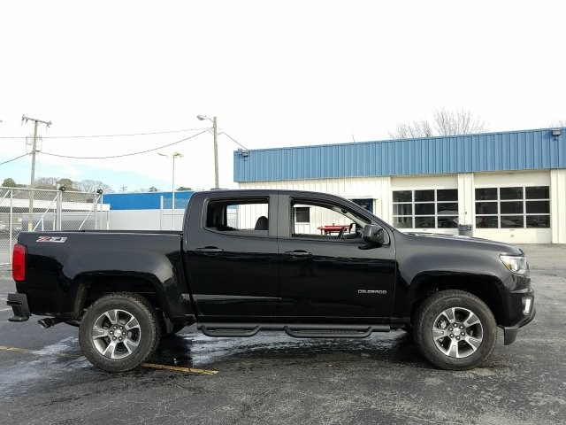 2019 Colorado Crew Cab 4x4,  Pickup #190551 - photo 3