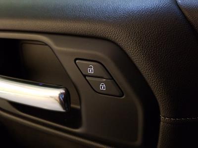 2019 Chevrolet Silverado 1500 Crew Cab 4x4, Pickup #M01148A - photo 15