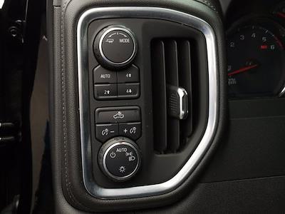 2020 Chevrolet Silverado 1500 Crew Cab 4x4, Pickup #M00832A - photo 15