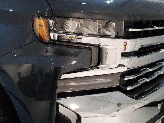 2020 Chevrolet Silverado 1500 Crew Cab 4x4, Pickup #M01036A - photo 8
