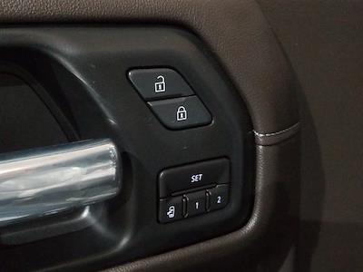 2020 Chevrolet Silverado 1500 Crew Cab 4x4, Pickup #M01036A - photo 13