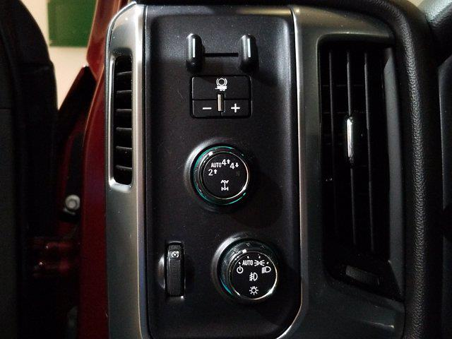 2017 Chevrolet Silverado 1500 Crew Cab 4x4, Pickup #PS28999A - photo 16