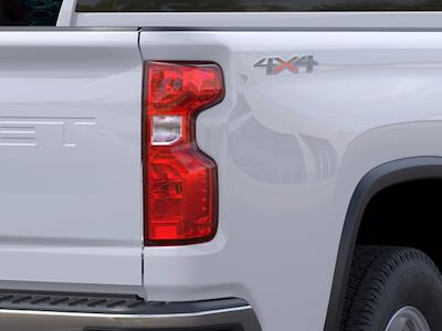 2021 Chevrolet Silverado 2500 Double Cab 4x4, Pickup #CM01035 - photo 9