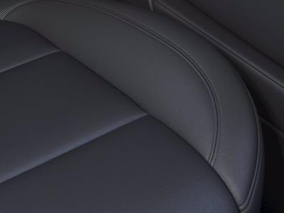 2021 Chevrolet Silverado 1500 Crew Cab 4x2, Pickup #CM01204 - photo 18