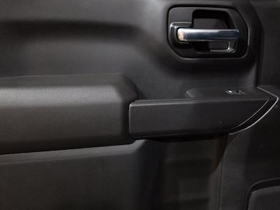 2020 Chevrolet Silverado 1500 Crew Cab 4x4, Pickup #DM01063A - photo 29