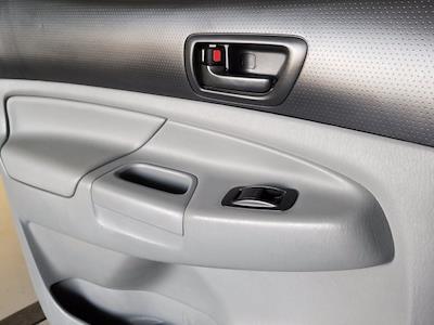 2015 Toyota Tacoma Double Cab 4x4, Pickup #M00810B - photo 30