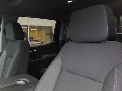 2020 Chevrolet Silverado 1500 Crew Cab 4x4, Pickup #M00832A - photo 17
