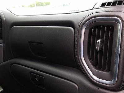 2020 Chevrolet Silverado 1500 Crew Cab 4x4, Pickup #M00832A - photo 31