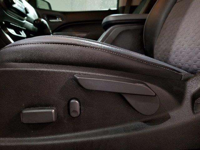 2016 Chevrolet Colorado Crew Cab 4x4, Pickup #M00832B - photo 16